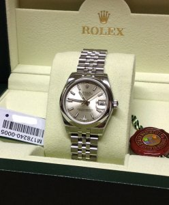 Rolex Datejust 31mm 178240 Mid/Size Silver Baton Dial Brand New Unworn