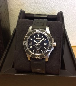 Breitling Superocean 44 A17391 Black And White Dial On Diver Pro III Pin Buckle Strap
