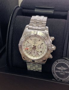 Breitling Chronomat GMT AB0420 44mm Silver Dial