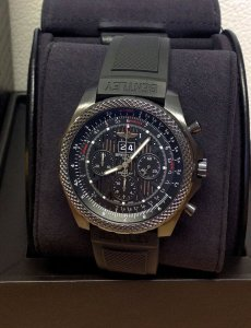 Breitling For Bentley 6.75 M44364 Midnight Carbon