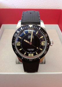 Oris Divers Sixty-Five 01 733 7707 4064