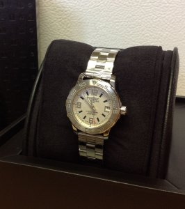 Breitling Colt 33 Silver Dial A77387 Ladies New Old Stock