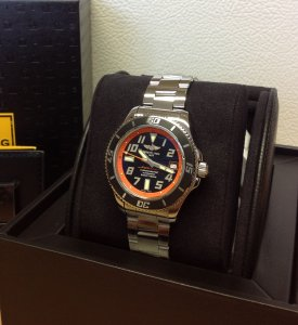 Breitling Superocean 42 Orange Limited Edition A17364Y4/BA89 Professional III Bracelet New Old Stock