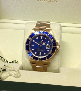 Rolex Submariner Date 18ct Yellow Gold 16618 Blue Kit From 2007 With Engraved Rehaut