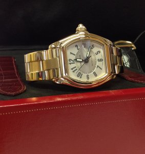 Cartier Roadster 18ct Yellow Gold White Arabic Numeral Dial Just Serviced By Cartier W62005V1