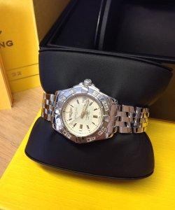 Breitling Galactic 32 Sierra Silver Dial A71356