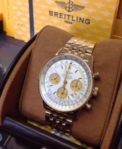 Breitling Navitimer 18ct Yellow Gold Silver Dial K23322 Just Serviced By Breitling