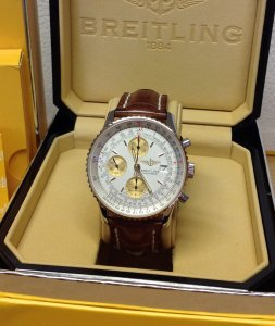 Breitling Old Navitimer D13322 Bi/Colour Silver Baton Dial From 2003