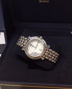 Chopard Happy Sport 278236-23 Ladies 32mm Classic Round 7 Floating Diamonds Just Serviced By Chopard