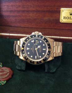 Rolex GMT Master II 16718 18ct Yellow Gold 1998