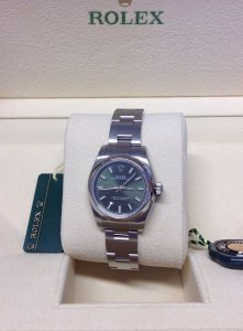 Rolex Oyster Perpetual 176200 26mm Olive Unworn