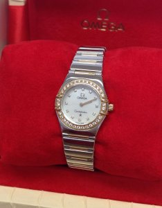 Omega Constellation 1365.75.00 Diamond Bezel