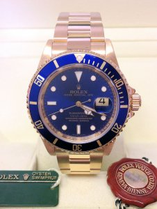 Rolex Submariner Date 16618LB Yellow Gold
