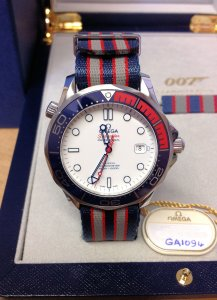 Omega Seamaster 300M Commanders Watch 212.32.41.20.04.001