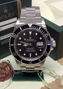 Rolex Submariner Date 16610LN New Old Stock
