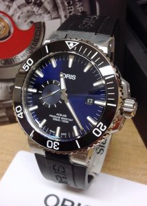Oris Aquis Small Seconds Date 01 743 7733 4135