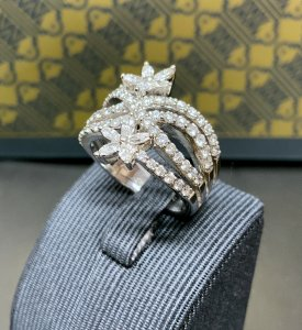 Diamond Set Crossover Ring