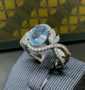 Aquamarine Diamond Set Crossover Ring