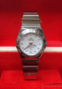 Omega Constellation Quartz 123.10.24.60.55.002