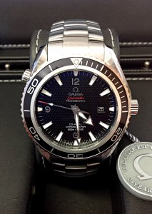 Omega Planet Ocean Quantum Of Solace Limited Edition 222.30.46.20.01.001