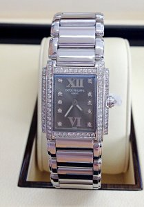 Patek Philippe Twenty-4 4908/200G White Gold