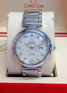 Omega Ladymatic 425.30.34.20.55.002 M.O.P Diamond