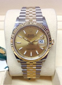Rolex Datejust 36mm 126233 Champagne Baton