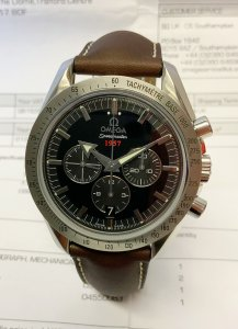 Omega Speedmaster 321.12.42.50.01.001 Broad Arrow