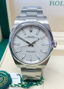 Rolex Oyster Perpetual 114300 39mm White Dial