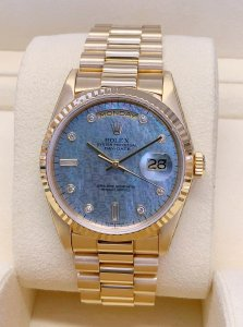 Rolex Day-Date 18238 Yellow Gold Blue M.O.P Dial