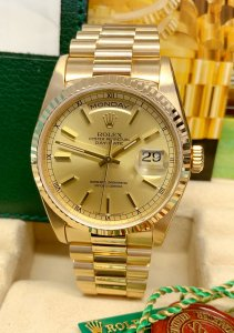 Rolex Day-Date 18238 Yellow Gold Champagne Dial