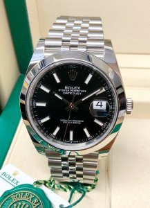 Rolex Datejust 41 126300 Black Dial Unworn