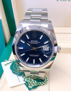 Rolex Datejust 41 126300 Blue Dial Unworn
