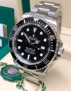 Rolex Sea-Dweller 4000 116600 Black Dial