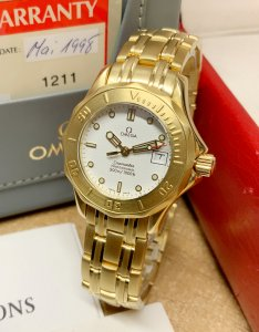 Omega Seamaster 2182.20.00 30mm Yellow Gold