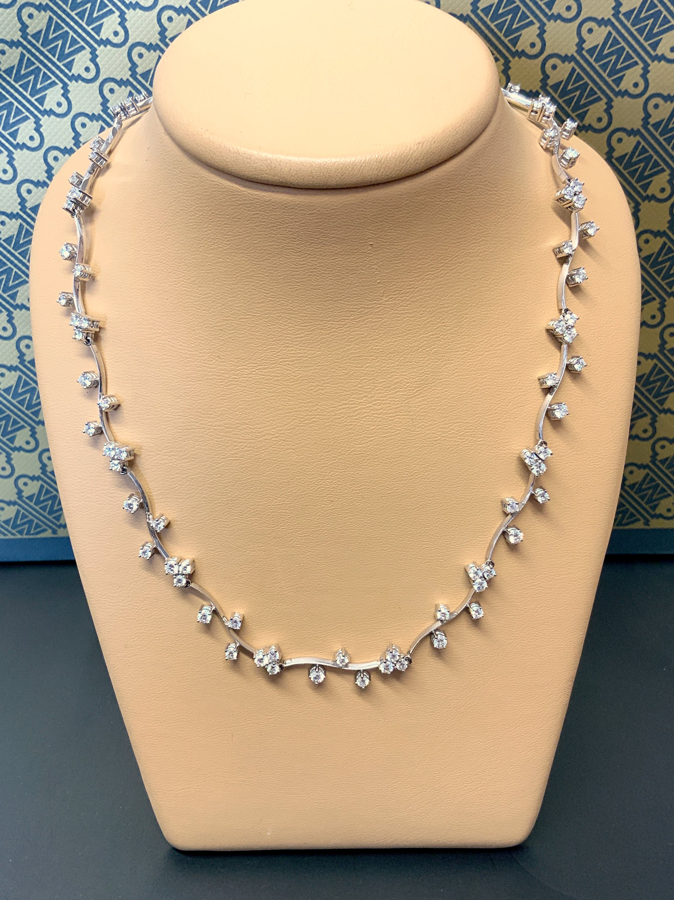Diamond Collar Necklet