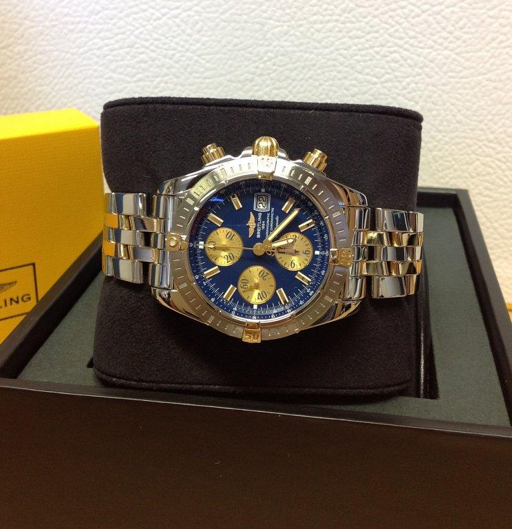 official photos fb457 729cf Breitling Chronomat Evolution Bi/Colour Blue Dial B13356