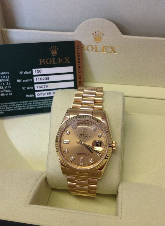 60860300851 Rolex Day-Date Yellow Gold Champagne Diamond Dial 118238