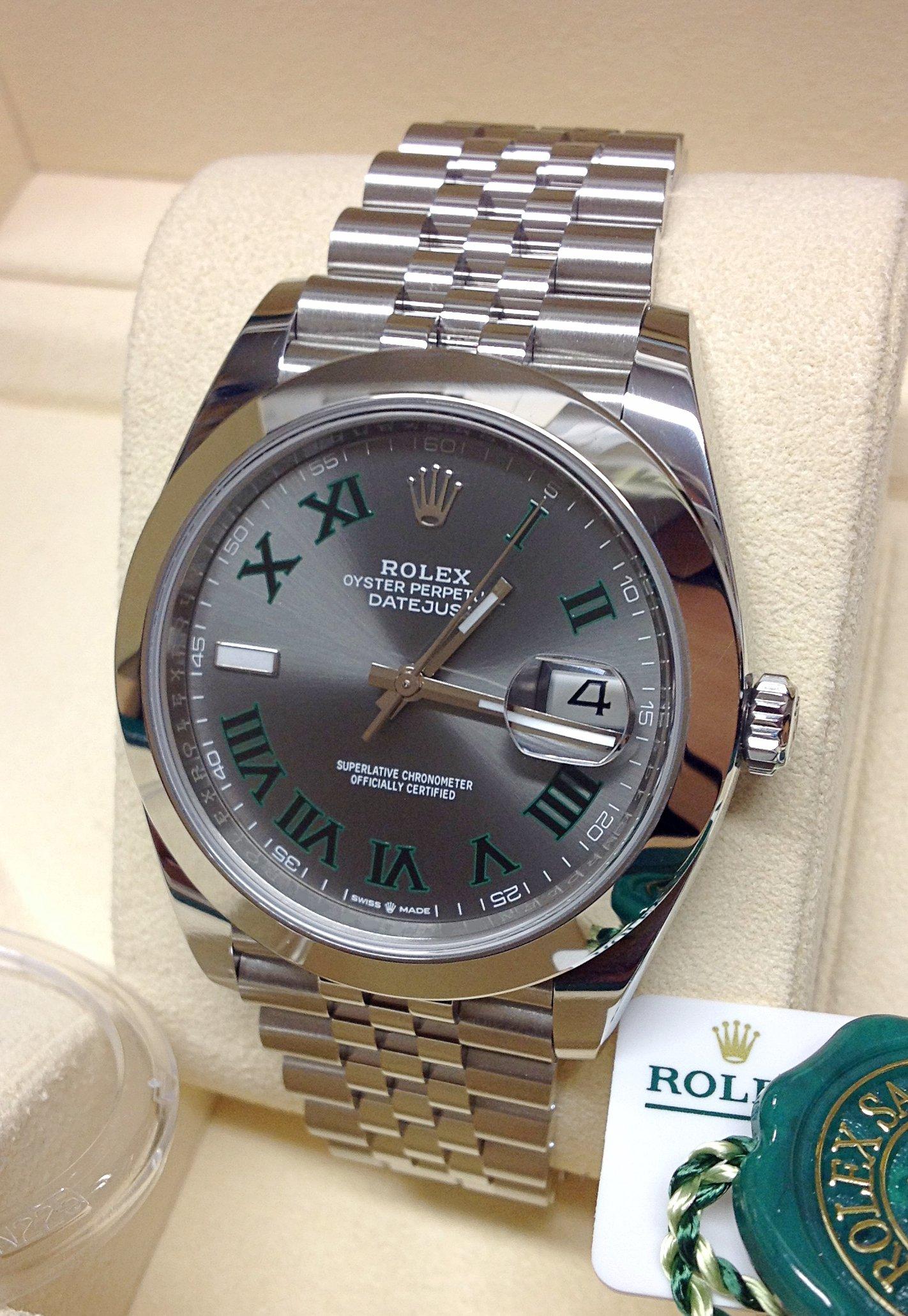 Rolex Datejust 41 126300 Wimbledon Dial