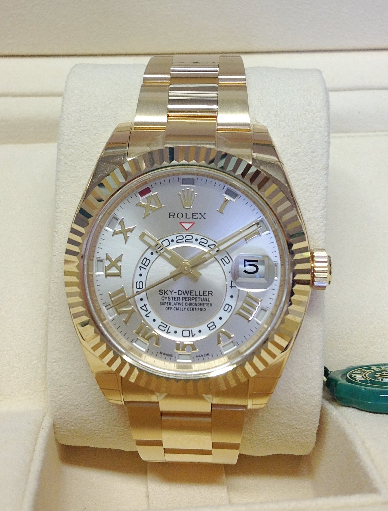 Rolex Sky,Dweller 326938 Yellow Gold Unworn