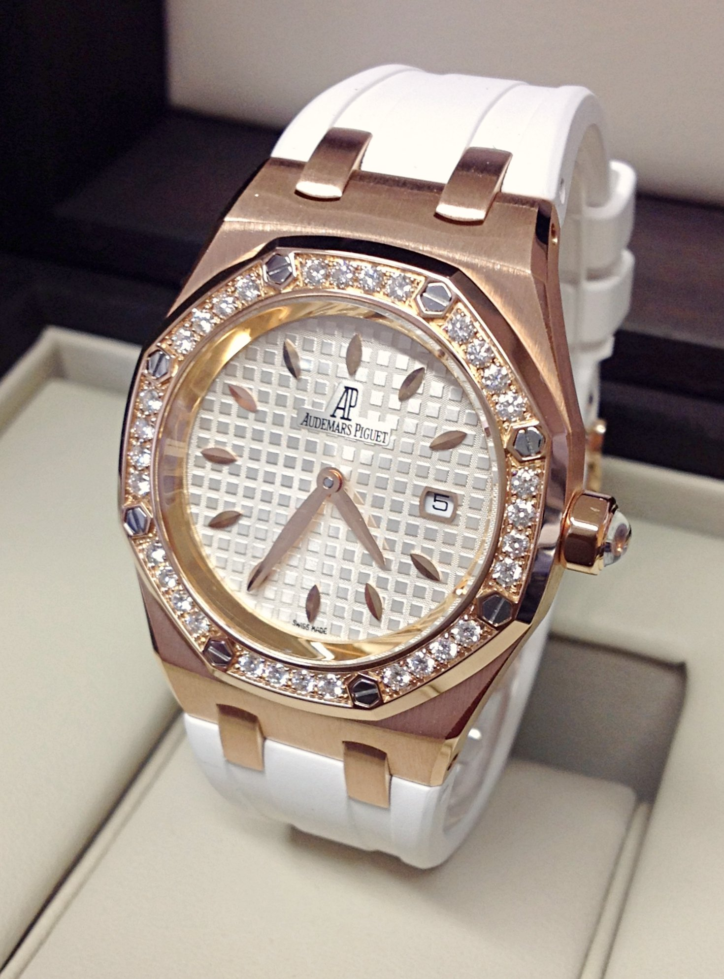 Audemars Piguet Royal Oak Ladies Diamond Bezel
