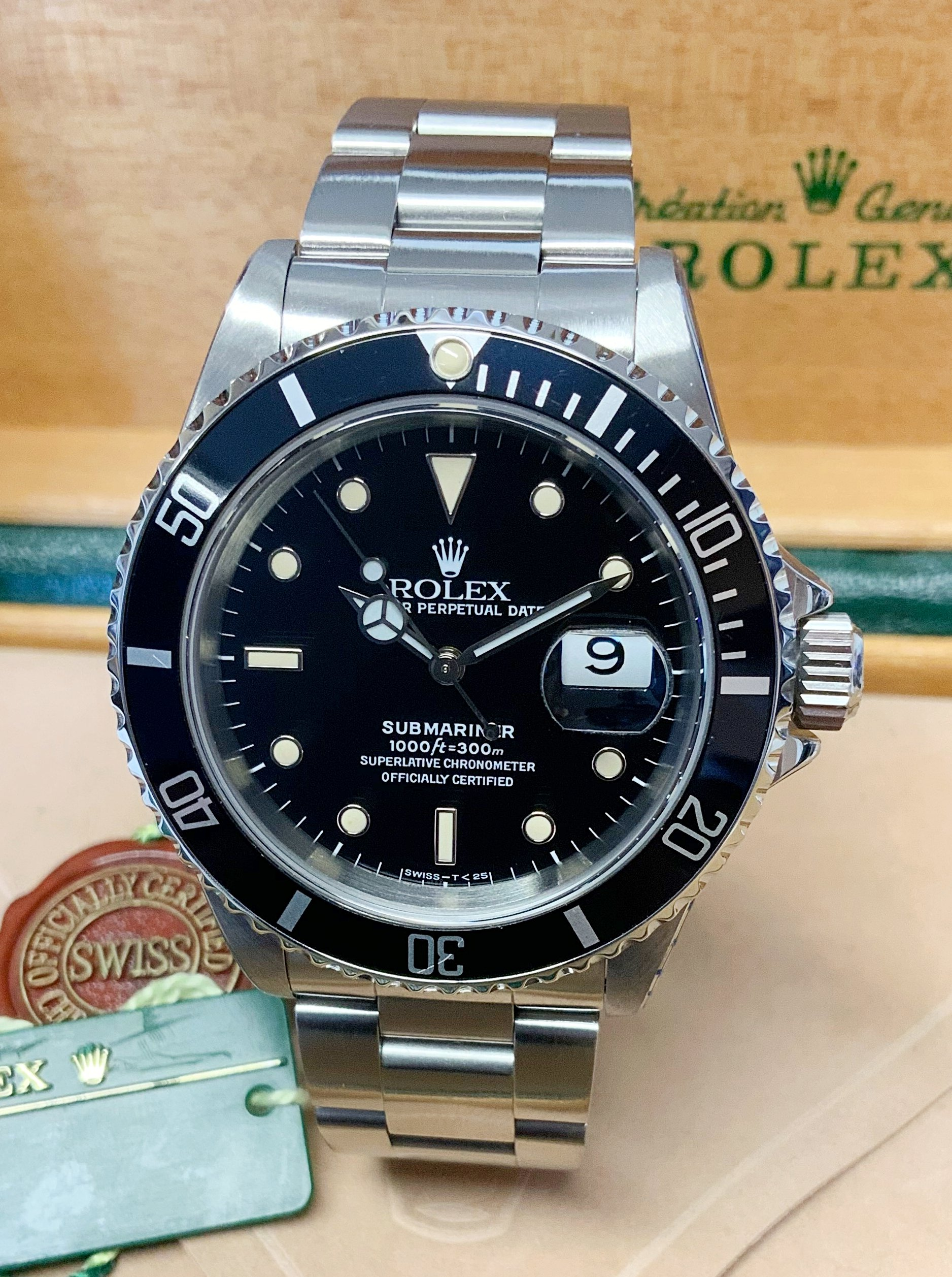 Rolex Submariner Date 16610 Black Dial