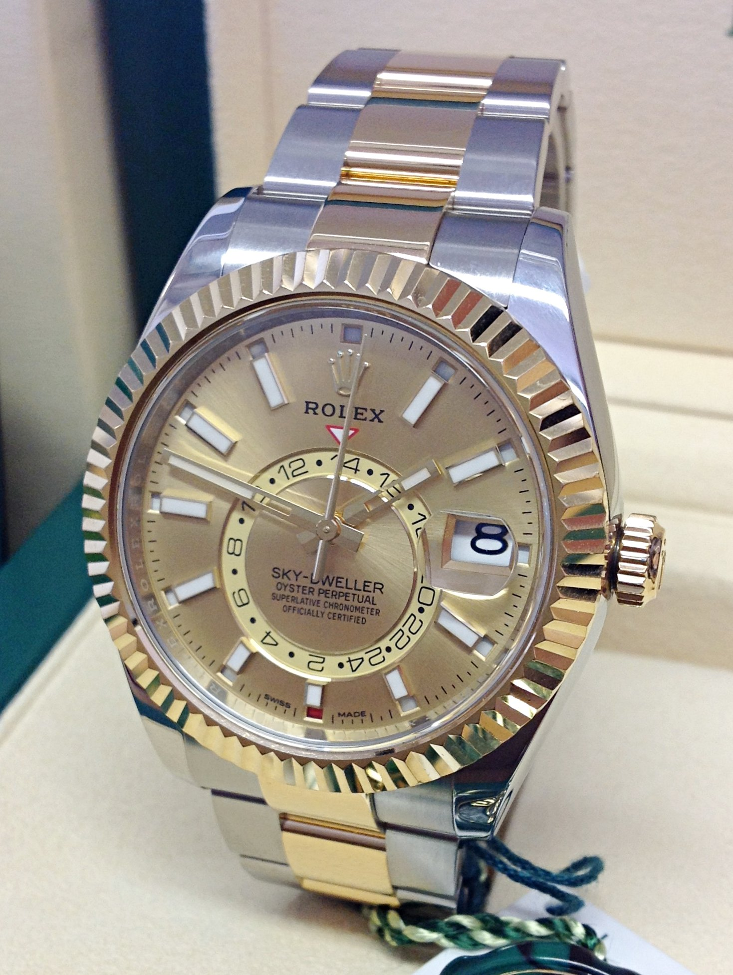 Rolex Sky-Dweller 326933 Bi/Colour Unworn