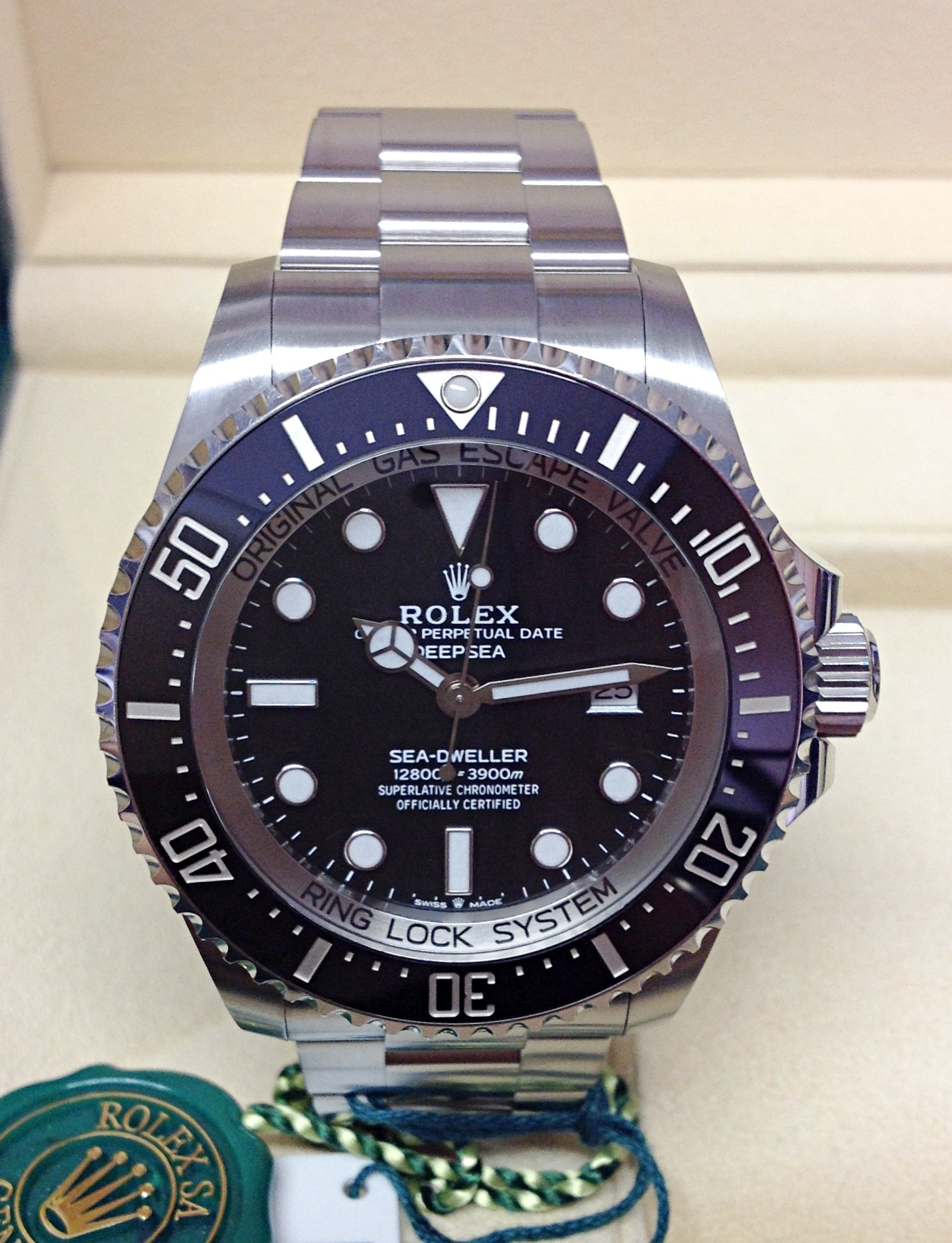 Rolex Deepsea Sea-Dweller 126660 Black Dial