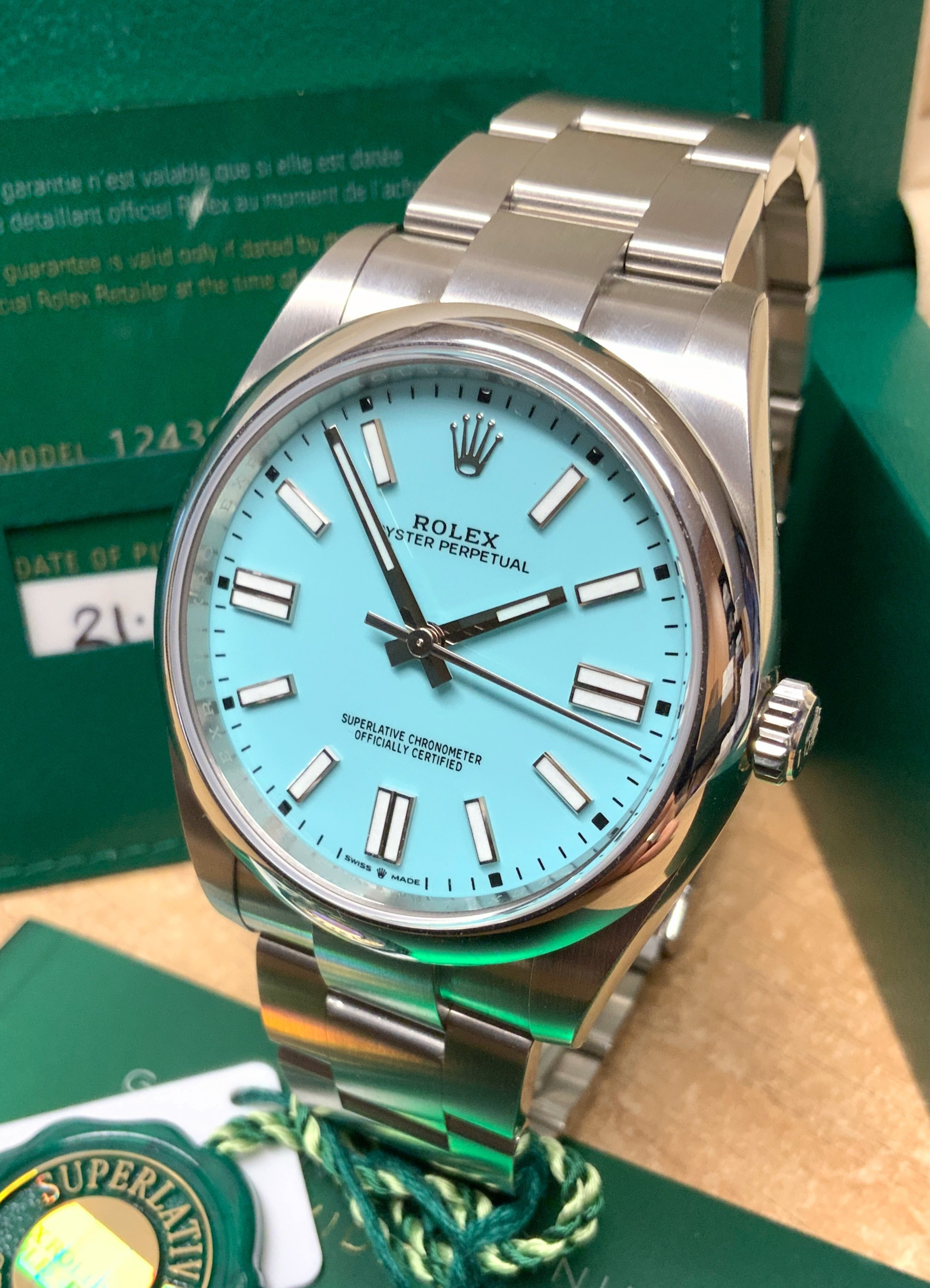 Rolex Oyster Perpetual 41 124300 Turquoise Blue